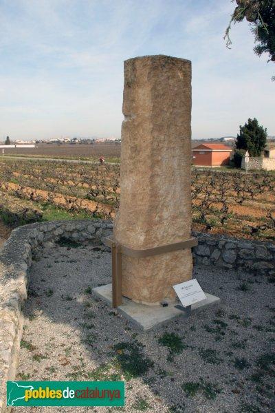 Olèrdola - Necròpolis de Sant Pere Molanta, antic mil·liari romà