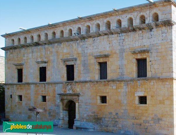 Peralada - Castell, façana renaixentista