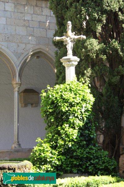 Peralada - Claustre del convent del Carme