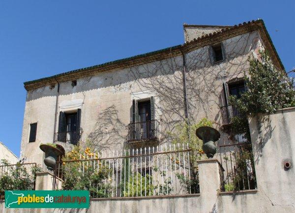 Peralada - Casa Avinyó, façana exterior
