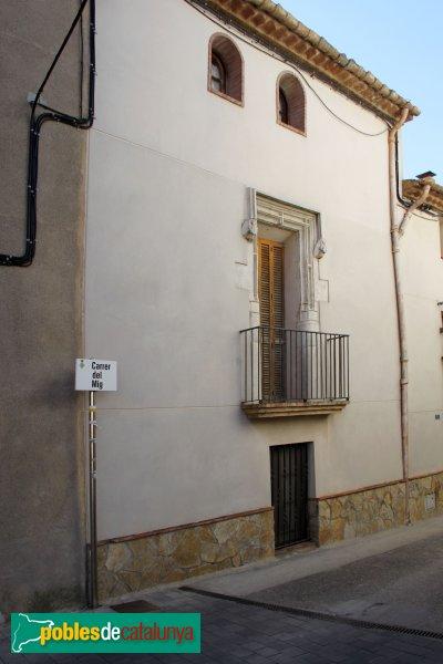 La Granada - Finestra del carrer del Mig