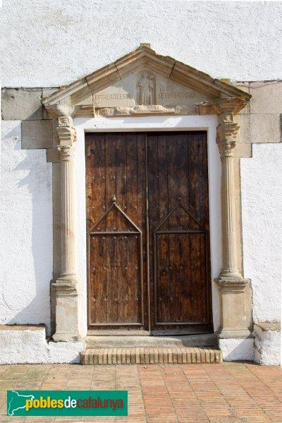 Sant Cebrià de Vallalta - Porta de l'església