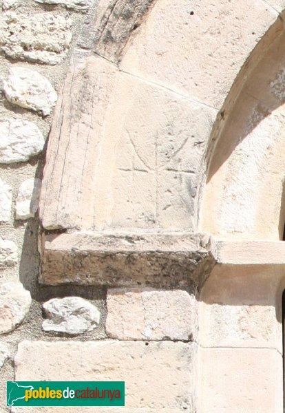 Torrelavit - Santa Maria de Lavit, detall portal