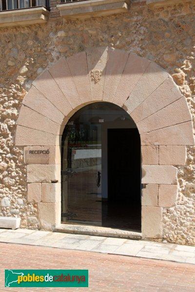Torrelavit - Ca l'Esbert (Heretat Segura Viudes)