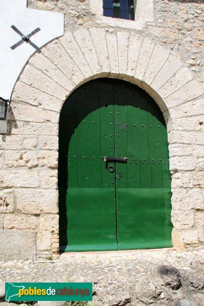 Torrelavit - Can Ribalta, porta de la masoveria