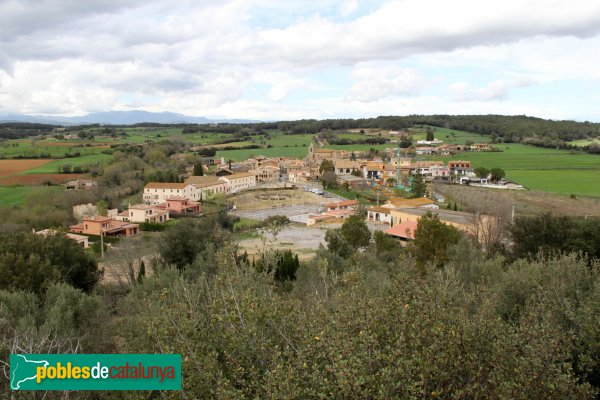 Pontós - Panoràmica del poble, des del castell