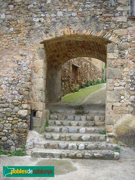 Bàscara - Portal de Calabuig