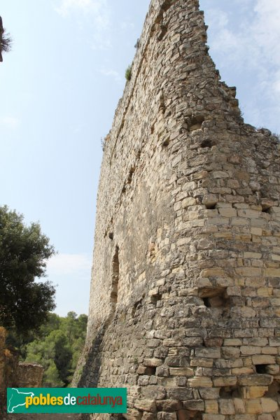 Gelida - Castell, exterior de'una torre