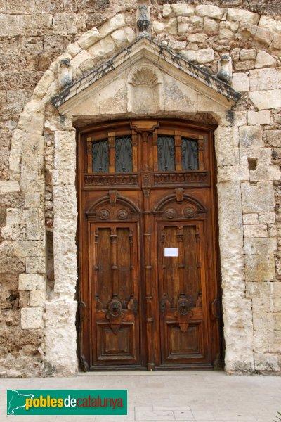 Sant Quintí de Mediona - Església, porta renaixentista