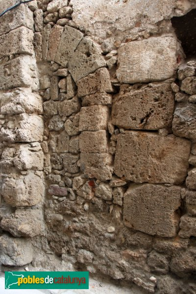 Sant Quintí de Mediona - Detall d'un carrer del nucli antic