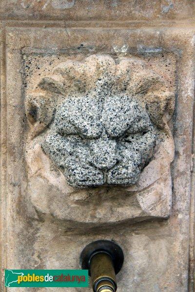 Sant Quintí de Mediona - Font del carrer Sardà