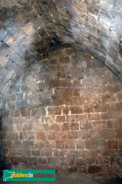 Mediona - Castell, interior de la torre del s. XV