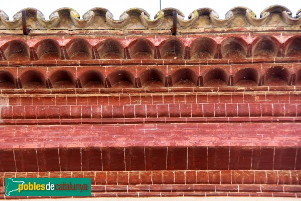 Font-rubí - Vil·la Formosa-Jané, detall de la cornisa