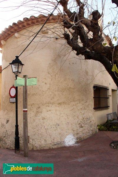 Torrelles de Foix - Capella del Roser