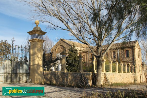 Torrelles de Foix - La Mussarra, celler