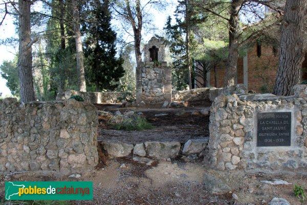 Castellet i la Gornal - Restes de la capella de Sant Jaume