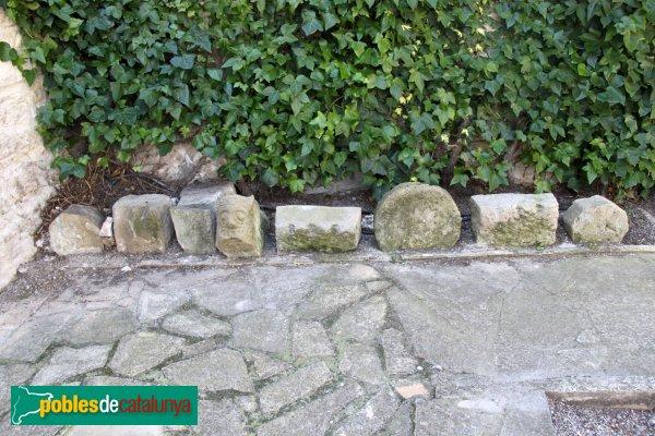 Talavera - Sant Jaume de Pallerols, elements del cementiri