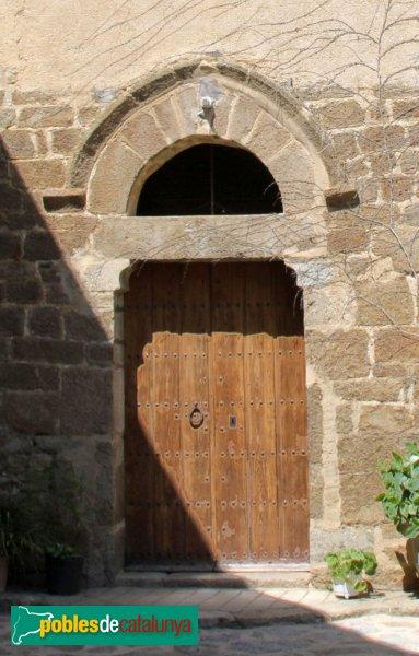 Cantallops - Església de Sant Esteve, portal
