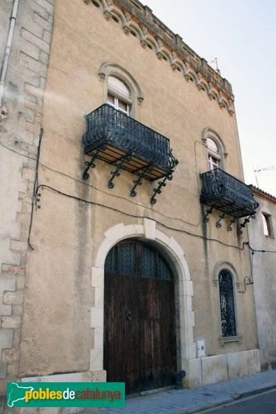 Agullana - Can Vidal, façana carrer Dolors Gomis