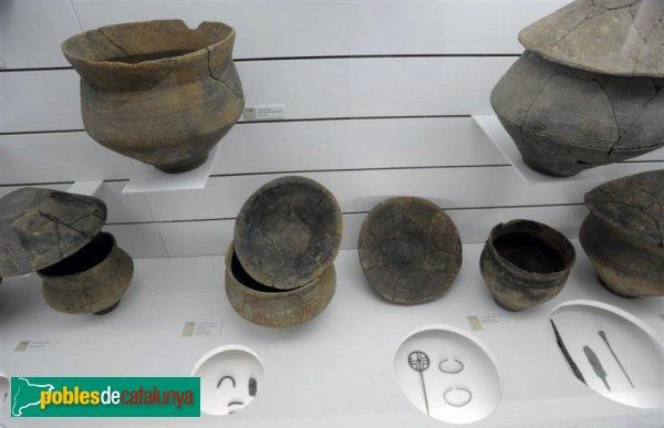Agullana - Sala d'exposició de la Necròpolis de Can Bech de Baix