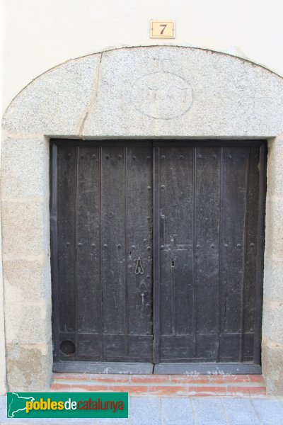 Agullana - Portal del segle XVIII