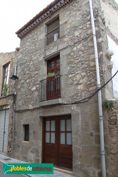 La Jonquera - Carrer Vell, casa de la Posta Real