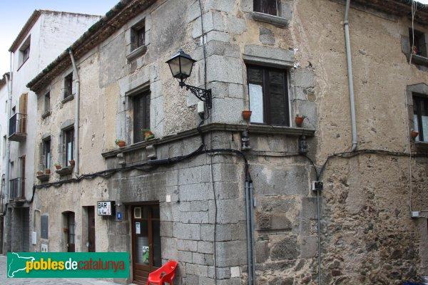 Maçanet de Cabrenys - Cal Paris (Cal Rei)