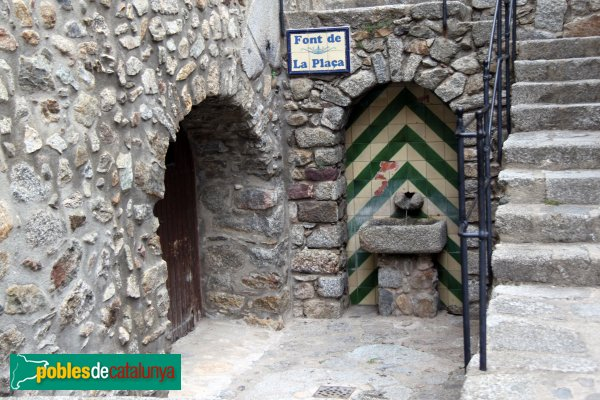 Maçanet de Cabrenys - Font de la Plaça