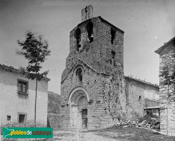 Albanyà - Església de Sant Pere