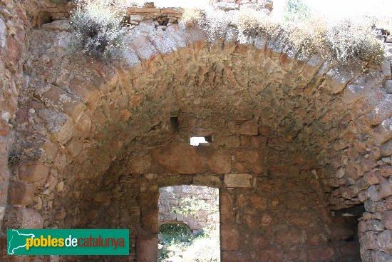 Cabanelles - Restes de Sant Cristòfol de l'Estela
