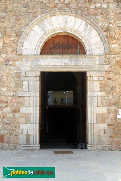 Sant Feliu de Guíxols - Església: porta lateral
