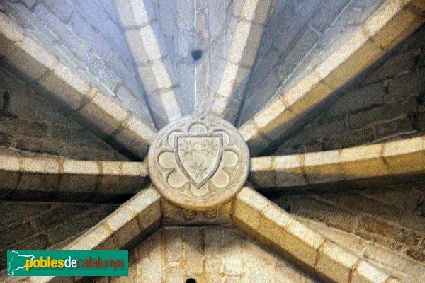 Sant Feliu de Guíxols - Església, clau de volta amb l'escut de l'abat Ramon de Labià
