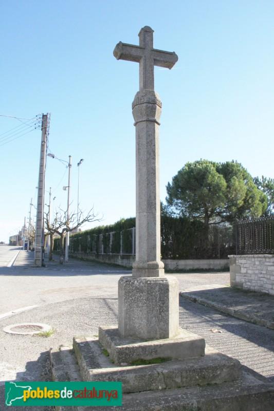 Sant Ramon - Creu de la Santa mMissió, davant del Monestir