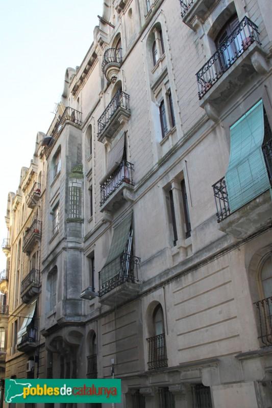 Barcelona - Sants, 54, façana lateral