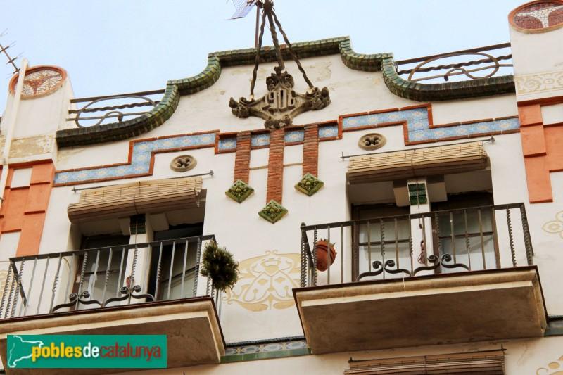 Barcelona - Tapioles, 49-51