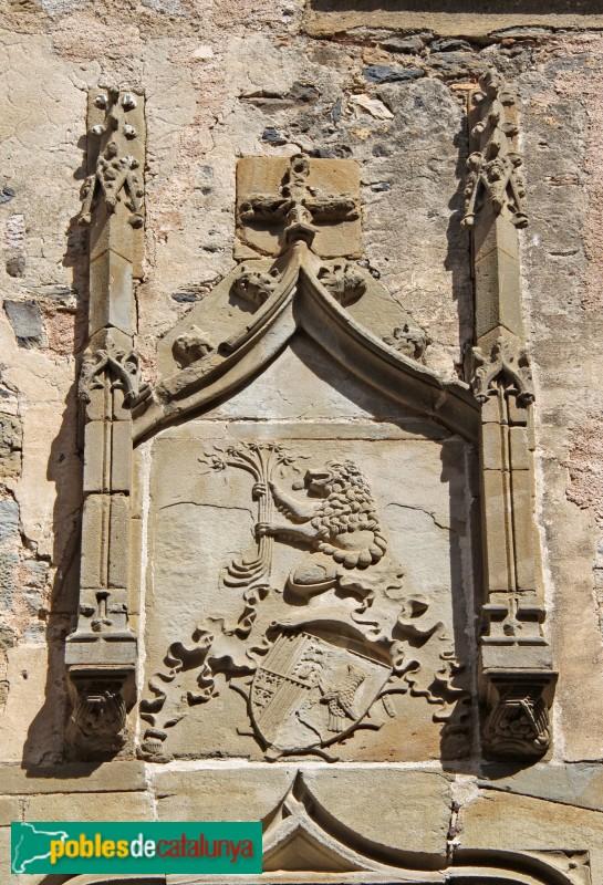 La Pera - Castell de Púbol, escut dels Corbera-Requesens