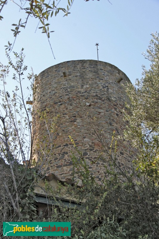 Foixà - Torre medieval del castell