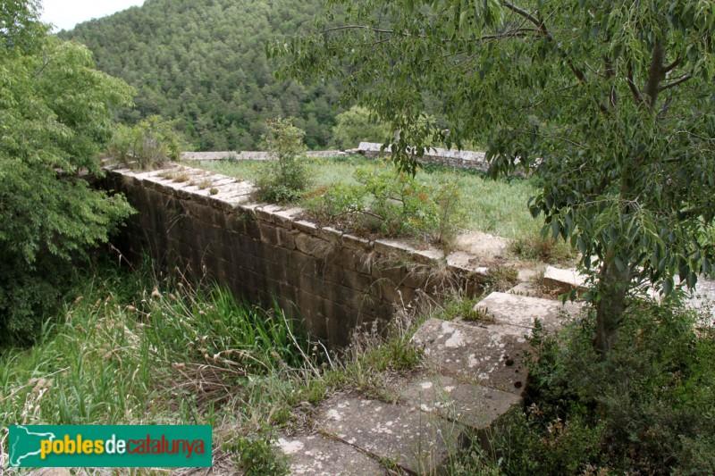 Torà - Castell de Llanera, muralla