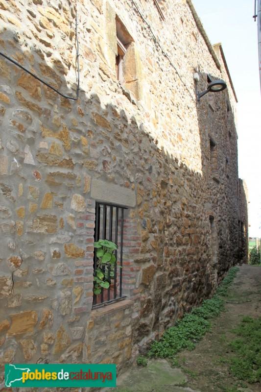 Parlavà - Castell de Fonolleres