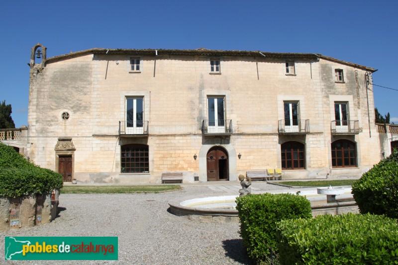 Corçà - Can Caramany (Castell de l'Alberg)