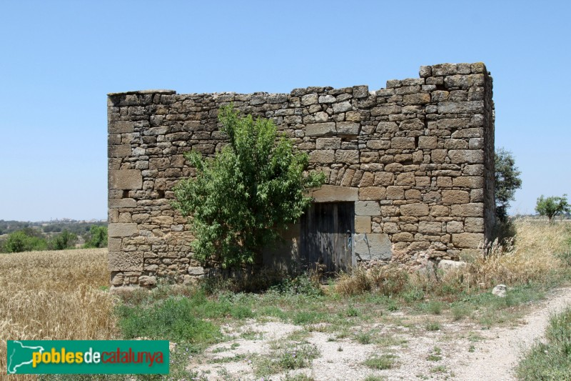 Guissona - Cobert prop del castell de Rubiol