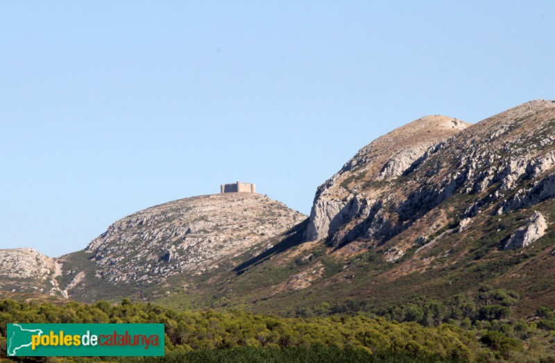 Torroella de Montgrí - Castell de Montgrí des de Bellcaire