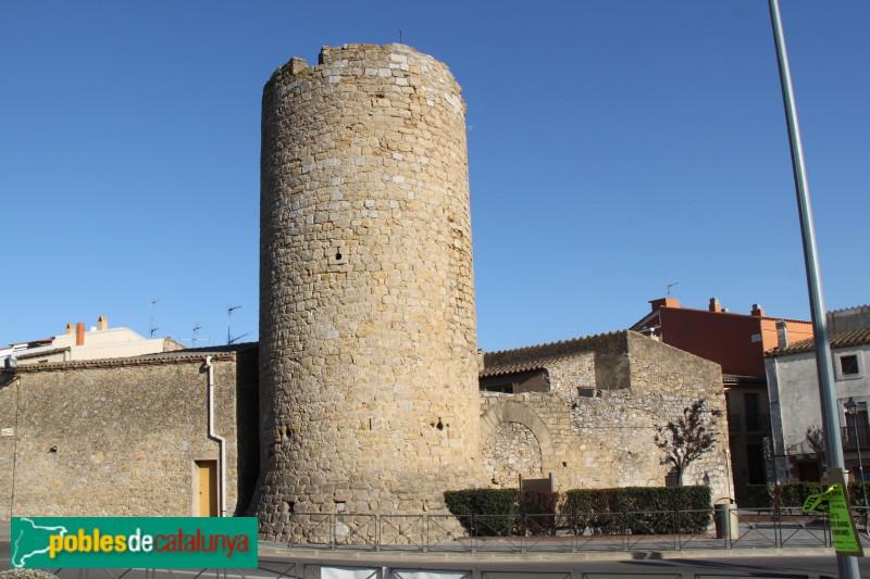 Torroella de Montgrí - Torre de les Bruixes i muralla