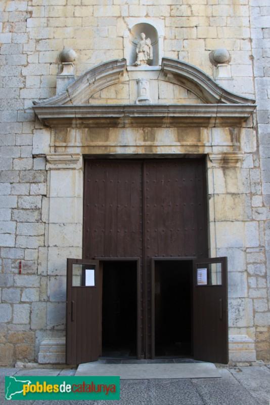 Torroella de Montgrí - Església de Sant Genís, portal de migdia