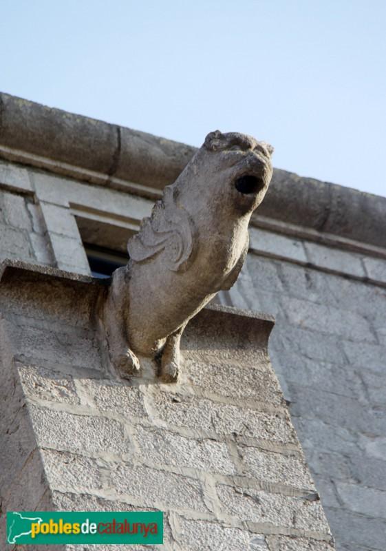 Torroella de Montgrí - Església de Sant Genís, gàrgola
