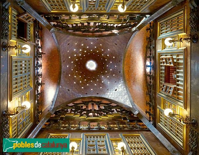 Barcelona - Palau Güel, cúpula