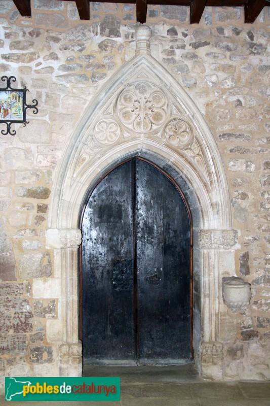 L'Estany - Porta d'accés a l'esglèsia