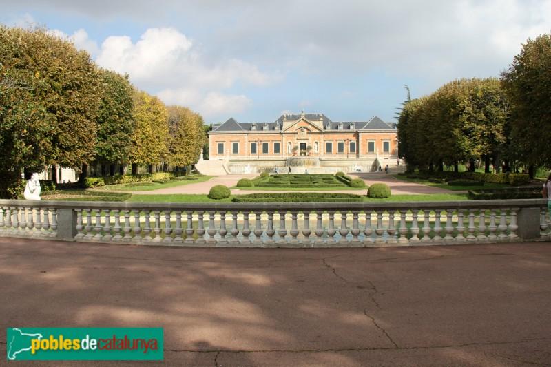 Barcelona - Jardins Joan Maragall, amb el palauet Albéniz