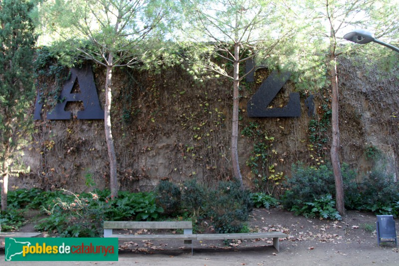 Jardins joan brossa barcelona parc de montju c for Jardines de joan brossa