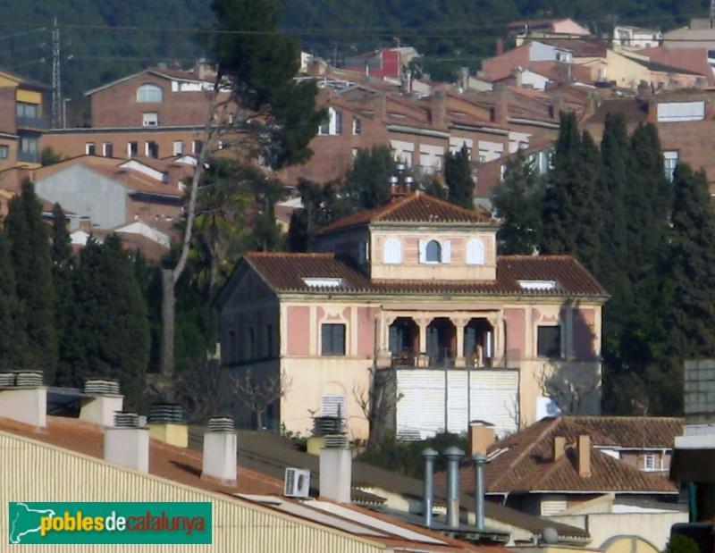 Casa del carrer carme galceran molins de rei pobles de - Casas en molins de rei ...